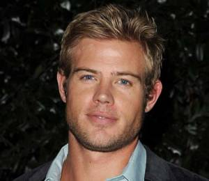 Trevor Donovan as Alex Northman